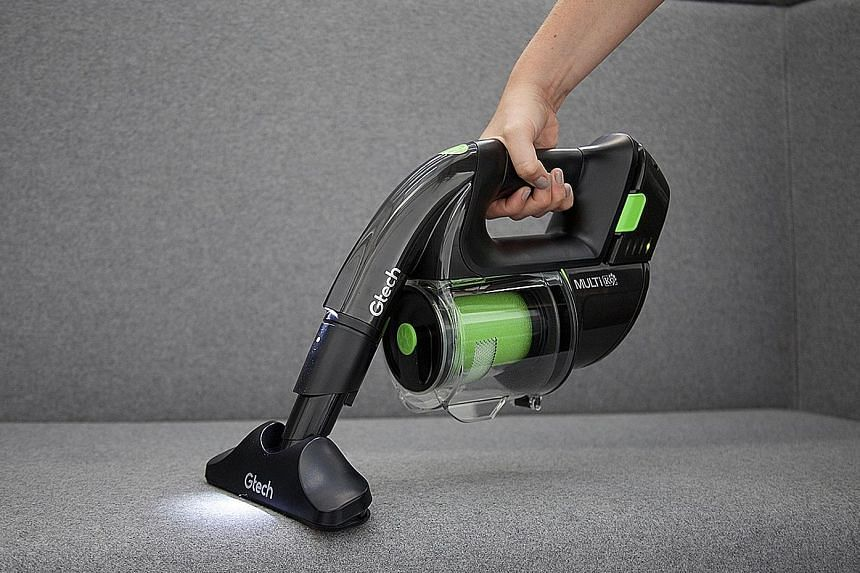 The Power Floor K9 vacuum cleaner does a good job in picking up dust, hair and other debris on the floor and sofa.