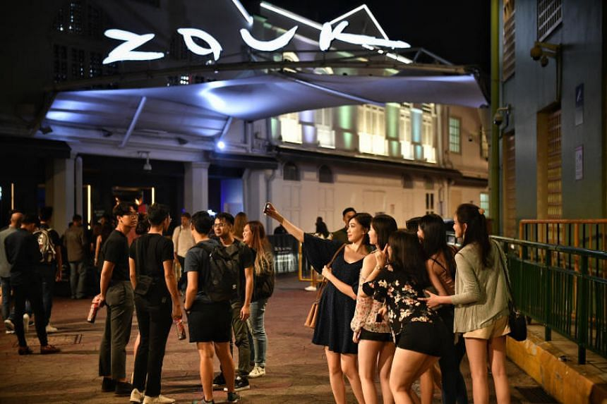 Clubbers will soon be greeted with posters and noticeboards warning them about common crimes at public entertainment nightspots.