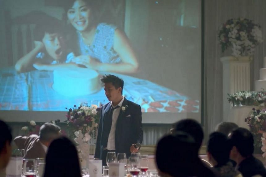 The video is set in a wedding banquet and centres around the groom giving a speech to his parents.