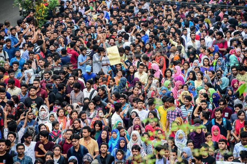 Students protesting in Dhaka against Bangladesh's chaotic and corruption-ridden transport network, on Aug 5, 2018.