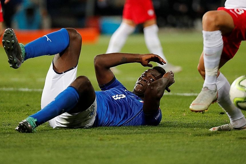 Mario Balotelli, still finding his feet after his recent recall to the Italian national team after four years, had a night to forget in Bologna.