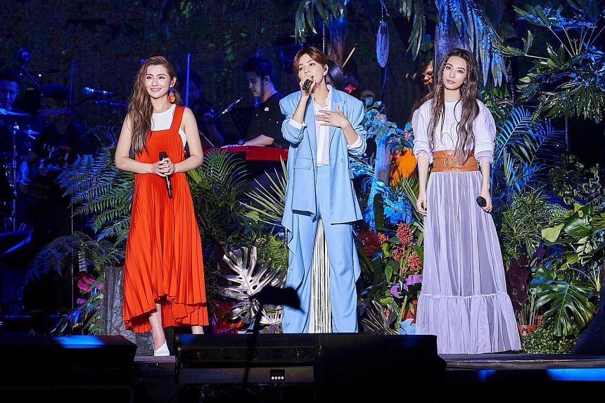 Pleasing harmonies and flowing outfits were the order of the day at the Taipei concert of S.H.E, comprising (from left) Selina Jen, Ella Chen and Hebe Tien.