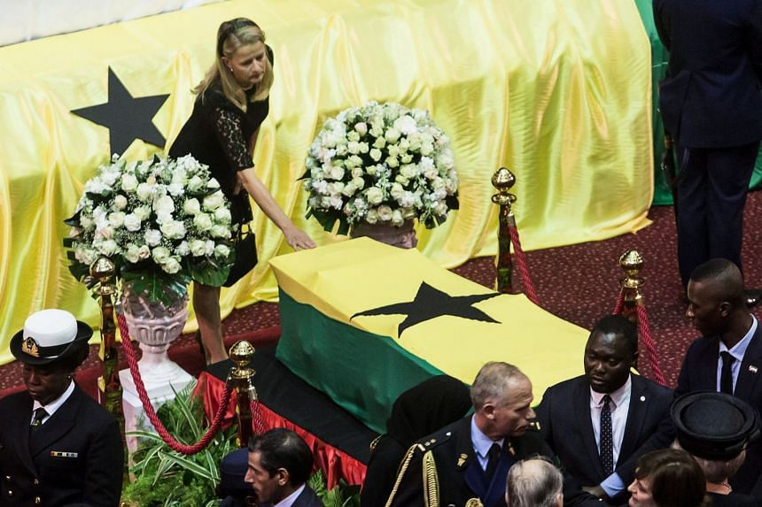 Mabel Wisse Smit, Princess Mabel of the Netherlands, pays her respects in front of the coffin of Kofi Annan.