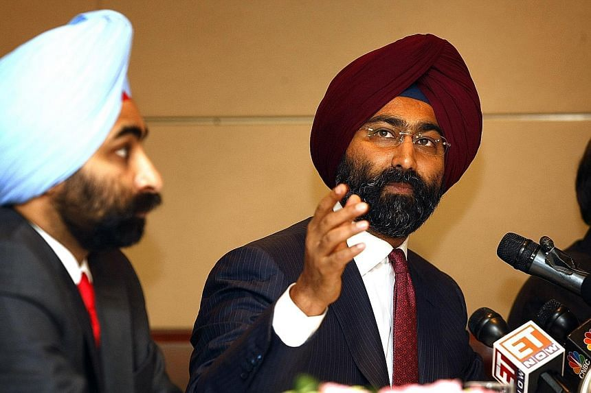 Fortis Healthcare chairman Malvinder Singh (right) and his brother Shivinder in a 2010 photo.