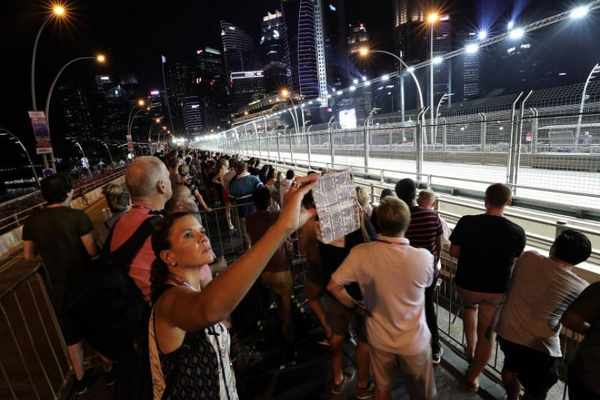 Spectators at the 2018 Singapore Airlines Singapore Grand Prix on Sept 16, 2018.