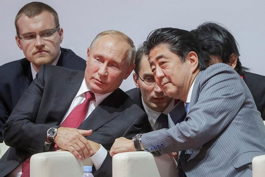 At the Eastern Economic Forum in Vladivostok, Russian President Vladimir Putin proposed to Prime Minister Shinzo Abe that their nations forge a peace treaty by the end of the year.