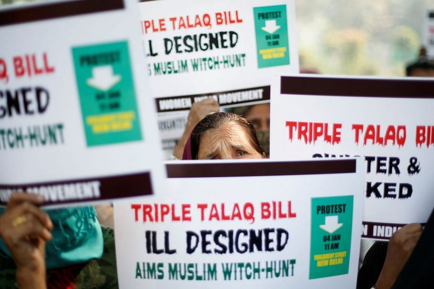 """Muslim women protest against a bill passed by India's lower house of Parliament last week that aims at prosecuting Muslim men who divorce their wives through the """"triple talaq,"""" or instant divorce, in New Delhi, on Jan 4, 2018."""