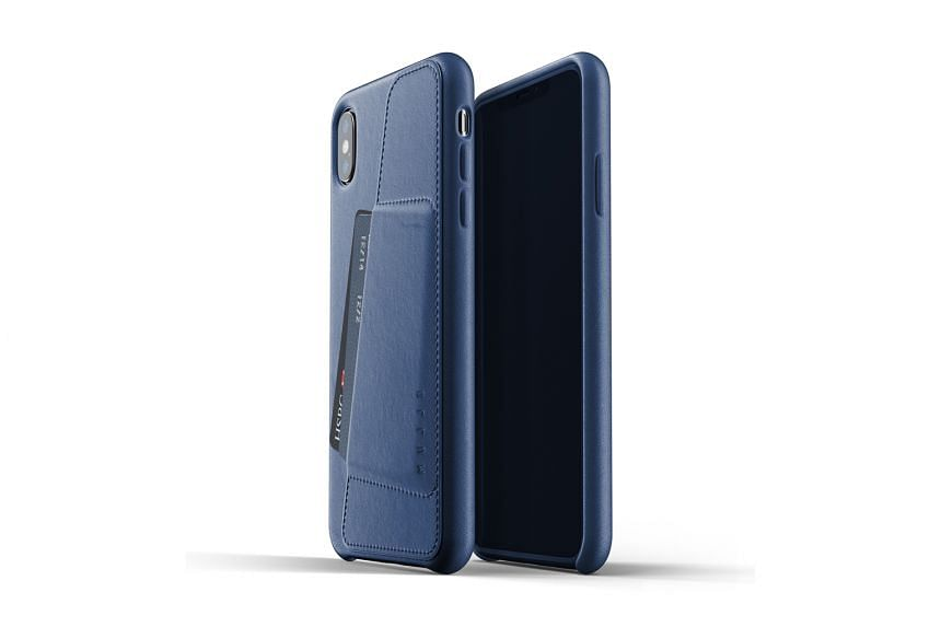 Mujjo Full Leather Wallet Case for iPhone XS Max.