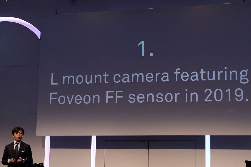 Sigma's CEO Kazuto Yamaki revealing that there will be a Foveon full-frame L-mount mirrorless camera at a media conference, a day before Photokina 2018 starts.
