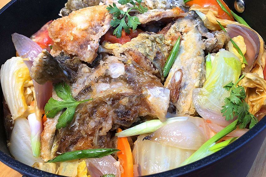 Braised Fish Head. Kitchenware courtesy of Corelle Brands.