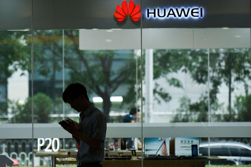 US looks to trump China's Huawei in Papua New Guinea
