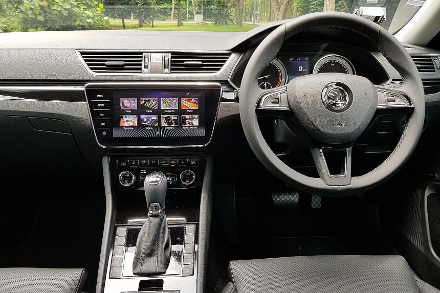 The Superb is easy at the helm, without a trace of the unwieldiness often associated with big sedans and cool detachment associated with executive carriers.