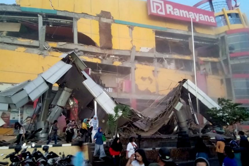 A shopping center heavily damaged following an earthquake in Palu, Central Sulawesi, on Sept 28, 2018.