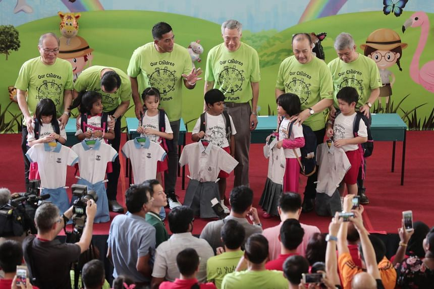 Residents in the Ang Mo Kio-Hougang constituency raised a total of $4,350 for school bags and other essentials, which were distributed to the children from needy families in the neighbourhood.