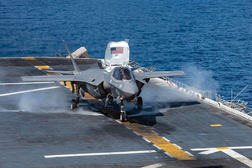 An F-35B Lightning II launching from the flight deck of amphibious assault ship USS Essex on Sept 22, 2018.