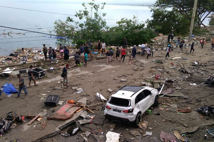 The death toll stood at 405 on Sept 29, 2018, as the Indonesian navy deployed logistic planes to bring in technicians, supplies and rescue teams to rescue survivors of the natural disaster.