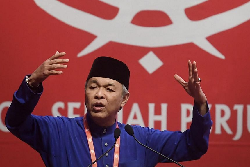 Umno president Ahmad Zahid Hamidi said that decisions of the party's Supreme Council should be respected despite differing opinions.