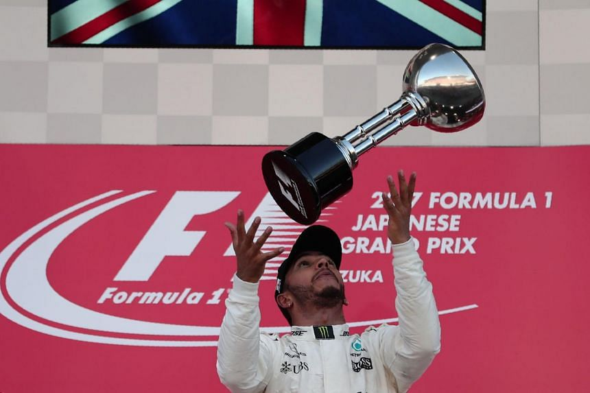 Formula One championship leader Lewis Hamilton has refused to rule out leaving Mercedes when his current contract expires in 2020.