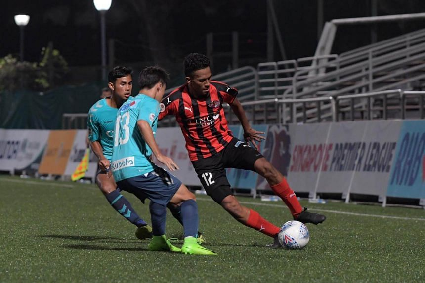 Players from Albirex Niigata and Home United in action during their Singapore Cup semi-final match at the Jurong East Stadium on Sept 26, 2018.