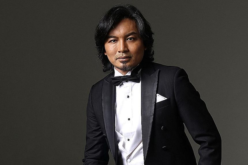 Anuar Zain has set up his own personal Instagram page to show fans his lighter side.