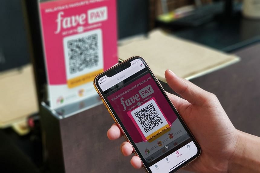 Fave will bring onboard merchants for GrabFood and GrabPay in Singapore and Malaysia. Later, Fave will add GrabPay to its platform, so Fave customers can spend their GrabPay credits at restaurants and retailers on the Fave network, and also on Fave d