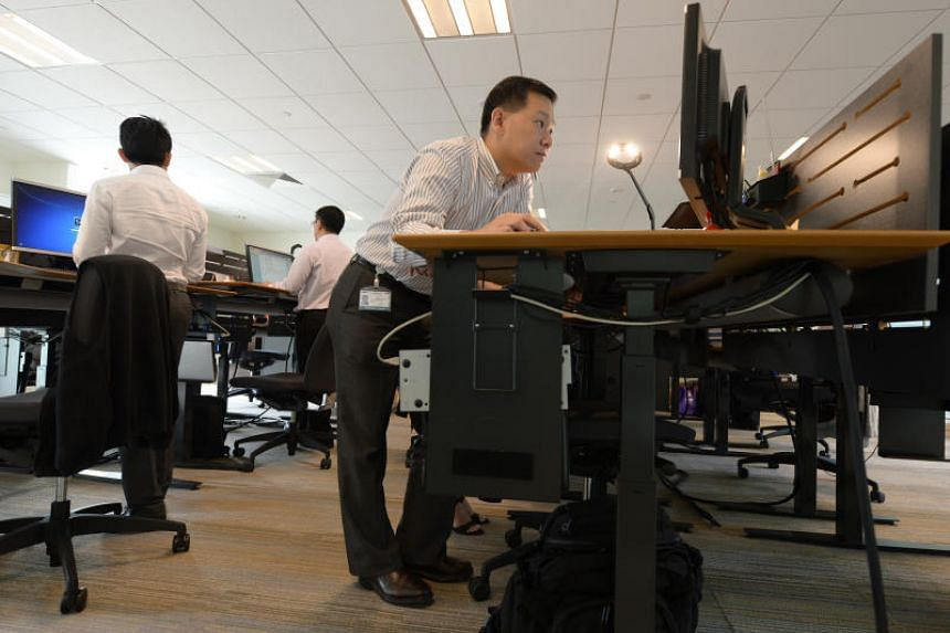 It is widely known that sitting for long hours at your work desk can lead to serious health risks, but research has also revealed that using a standing desk may not be much better.