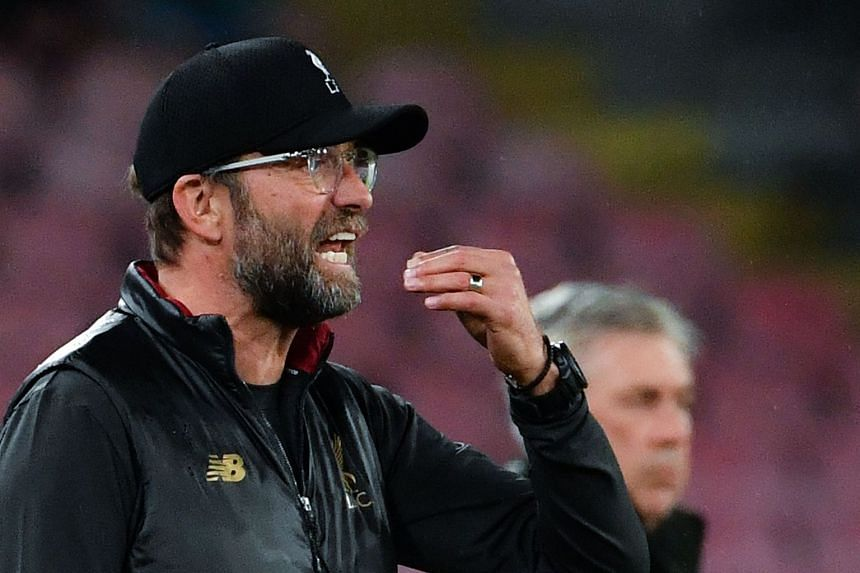 Klopp giving instructions during the Champions League match between Napoli and Liverpool.
