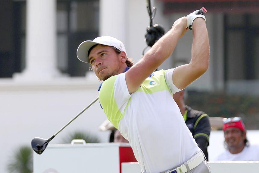 Australia's David Micheluzzi shot a six-under 64 to take the AAC first round lead.
