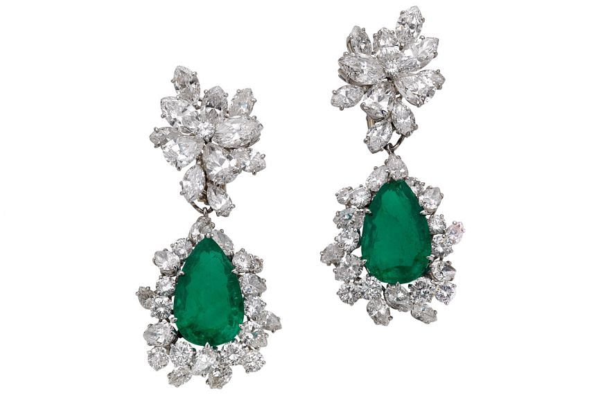 Earrings in platinum with emeralds and diamonds, 1964, formerly in the collection of Italian actress Gina Lollobrigida, from the Bvlgari Heritage Collection.