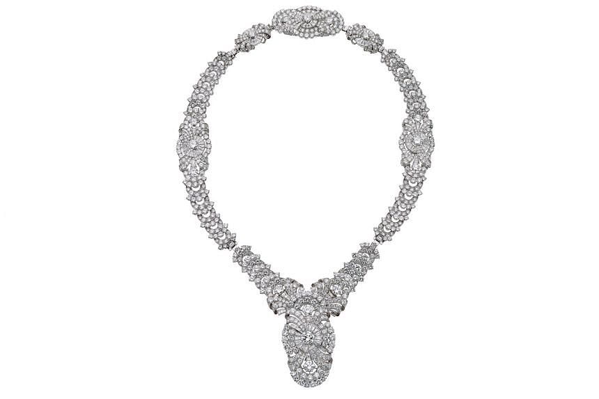 Convertible necklace in platinum with diamonds, 1938, from the Bvlgari Heritage Collection.
