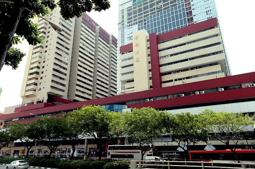 People's Park Centre has 120 apartments, 256 offices, 324 shops and a carpark. Mr Philip Ng, director of Savills Singapore, its marketing agent, says it was built as a mixed-use development, but the land is zoned commercial. So the developer can buil