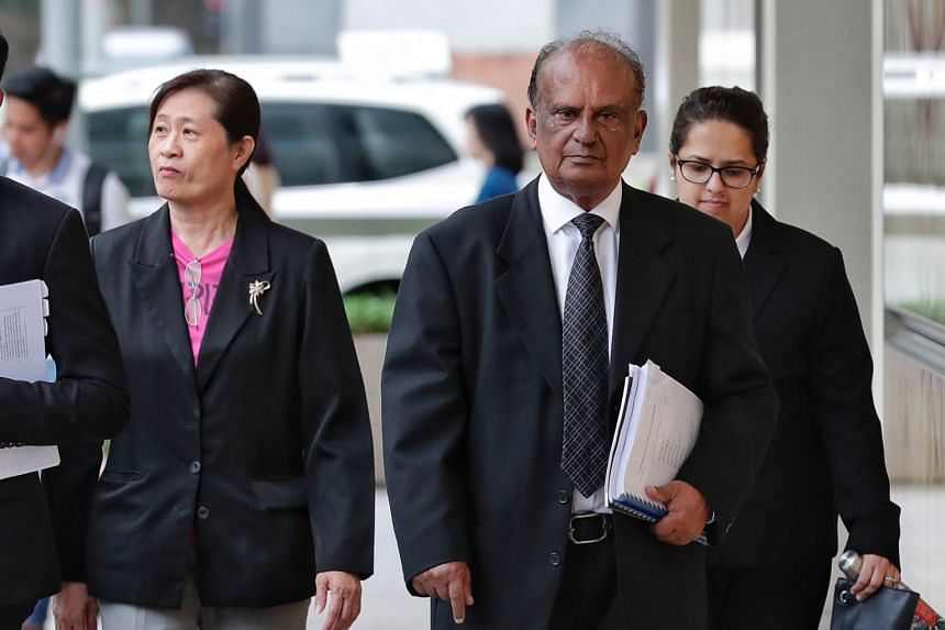 Ms How Weng Fan (left) and her lawyer Leslie Netto arriving at the Supreme Court, on Oct 5, 2018.
