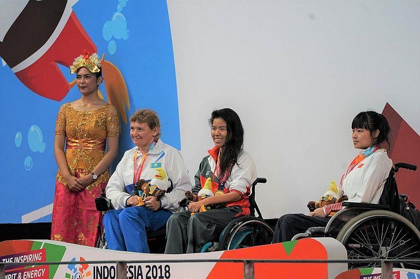 Yip Pin Xiu won the women's S4 (S1-4) 50m backstroke in 1min 02.09sec. She finished ahead of Kazakhstan's Gabidullina Zulfiya and China's Feng Yazhu.