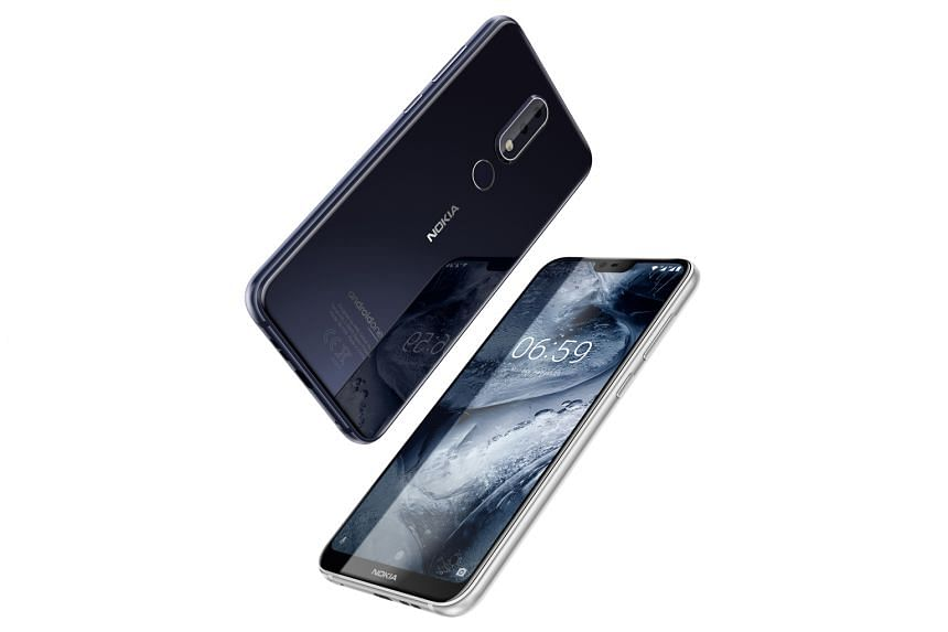 The Nokia 6.1 Plus takes photos with good details in daylight.