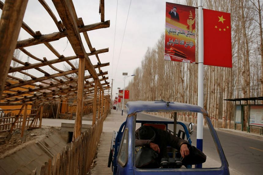 Chinese region `legalises´ Muslim internment camps
