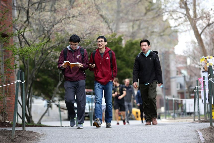 The total number of Chinese undergraduates in the US dropped by 110 in 2017 compared with the previous year.