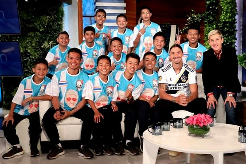 A picture accompanying a tweet shows host Ellen DeGeneres with all the members of the football team, as well as Swedish football star Zlatan Ibrahimovic.