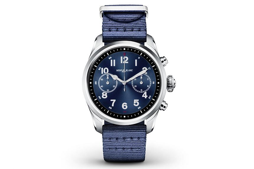 The Montblanc Summit 2 is the first smartwatch to feature the new Qualcomm Snapdragon Wear 3100 processor.