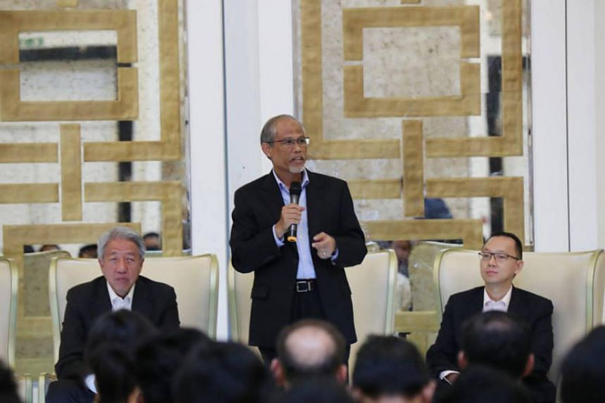 Minister for the Environment and Water Resources Masagos Zulkifli speaking at the dialogue session at the University of Jordan. Deputy Prime Minister Teo Chee Hean and Senior Parliamentary Secretary (Foreign Affairs and Trade and Industry) Tan Wu Men