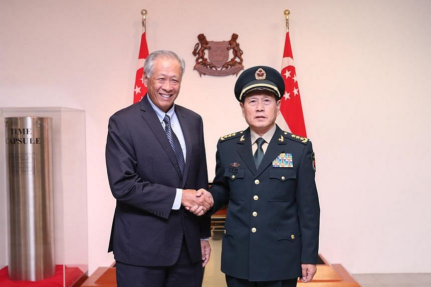 Dr Ng Eng Hen and Chinese State Councilor and Minister of National Defense General Wei Fenghe at the Ministry of Defence, on Oct 18.