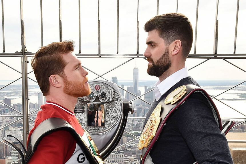 """Saul """"Canelo"""" Alvarez (left) will take on Briton Rocky Fielding in December. The Mexican has signed the most lucrative long-term athlete contract in history, shattering the 13-year, US$325 million deal signed by baseball player Giancarlo Stanton in 2"""