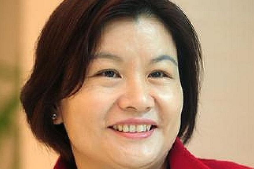 Ms Zhou Qunfei, chairman of consumer electronics supplier Lens Technology, lost US$6.6 billion of her fortune.