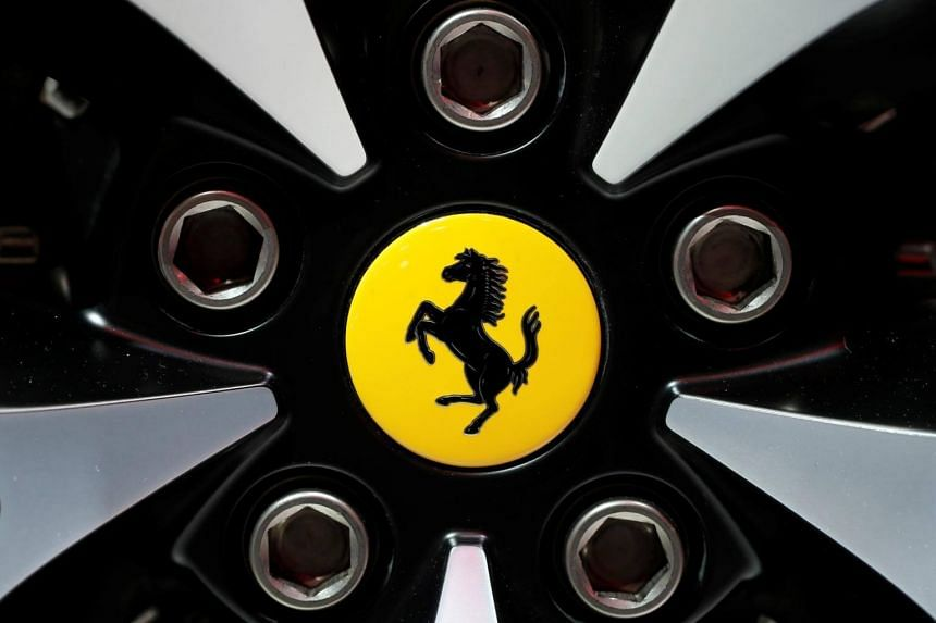 According to a source close to the industry, rare Ferraris are given premium prices among expensive imported cars, with some sold for hundreds of millions of yen.