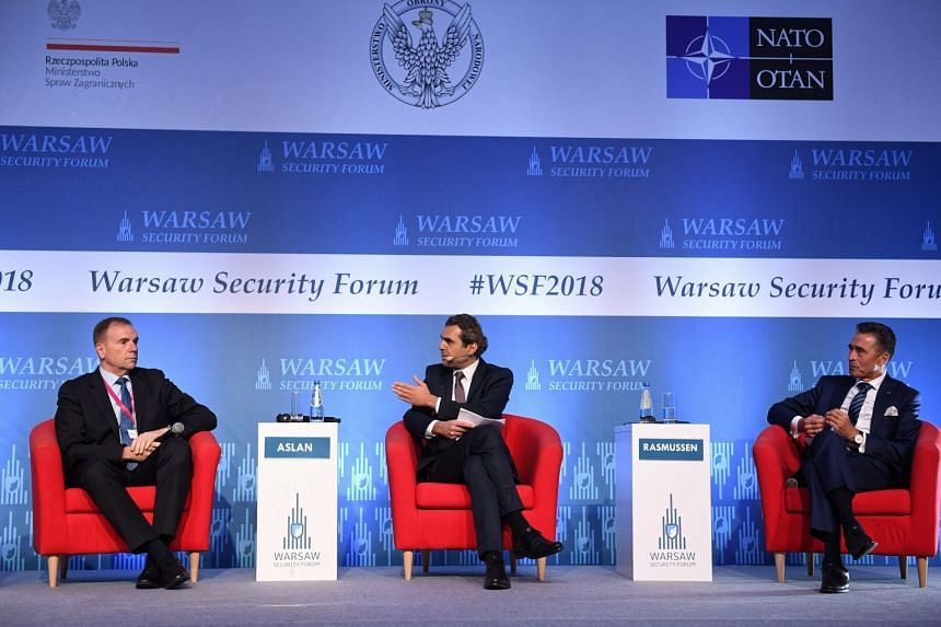 At the Warsaw Security Forum are (from left) Hodges, ex-Nato secretary-general Anders Fogh Rasmussen and Deutsche Welle journalist Ali Aslan.
