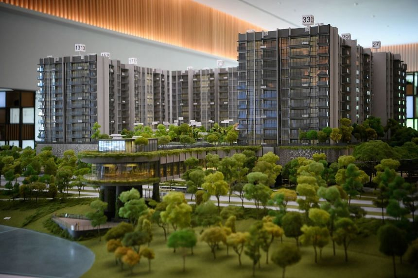 The Woodleigh Residences comprises 667 two-, three- and four-bedroom units. It also includes a private onsen or Japanese-style hot spring - overlooking Alkaff Lake and Bidadari Park.
