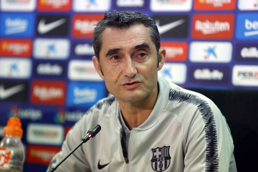 """Valverde speaking at a post-training press conference ahead of Sunday's """"Clasico""""."""