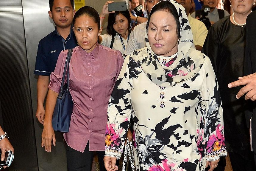 Rosmah Mansor arriving at the headquarters of the Commercial Crime Investigation Department in Kuala Lumpur yesterday morning for questioning on matters related to 1MDB. Despite Negeri Sembilan's move, former Malaysian prime minister Najib Razak stil