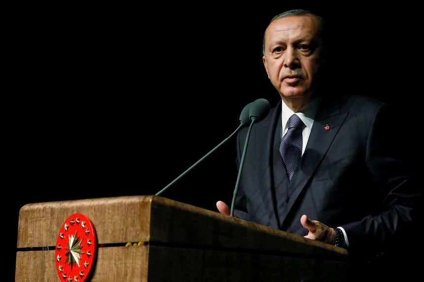 Turkish President Recep Tayyip Erdogan has called for Saudi Arabia to hand over the 18 people it has arrested over the killing of Saudi journalist Jamal Khashoggi.