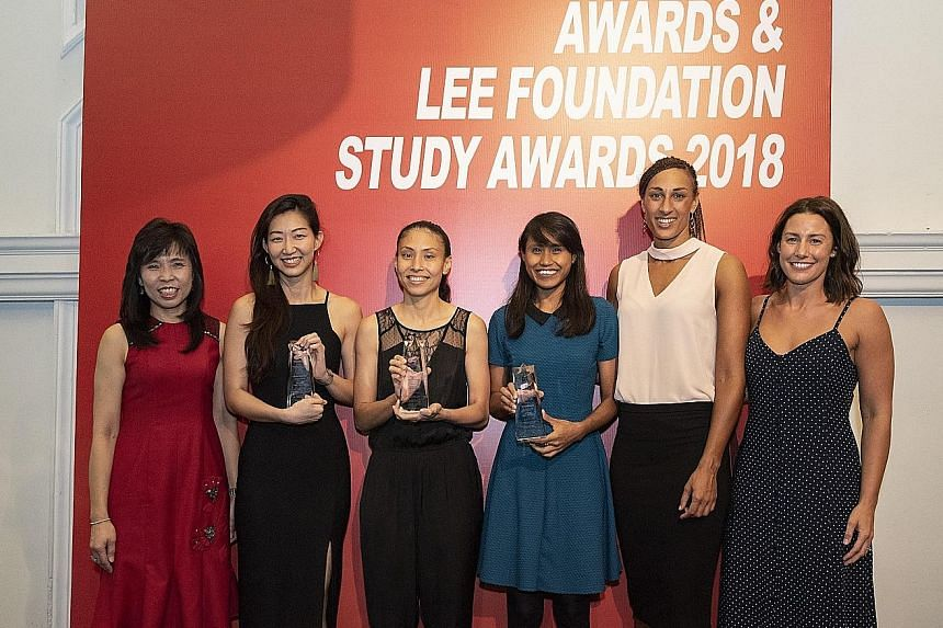From left: Netball Singapore president Jessica Tan, Charmaine Soh, Vanessa Lee, Nurul Baizura and guests of honour Geva Mentor and Madi Robinson, of England and Australia. Soh, Lee and Nurul were inducted into the Hall of Fame at the Netball Singapor