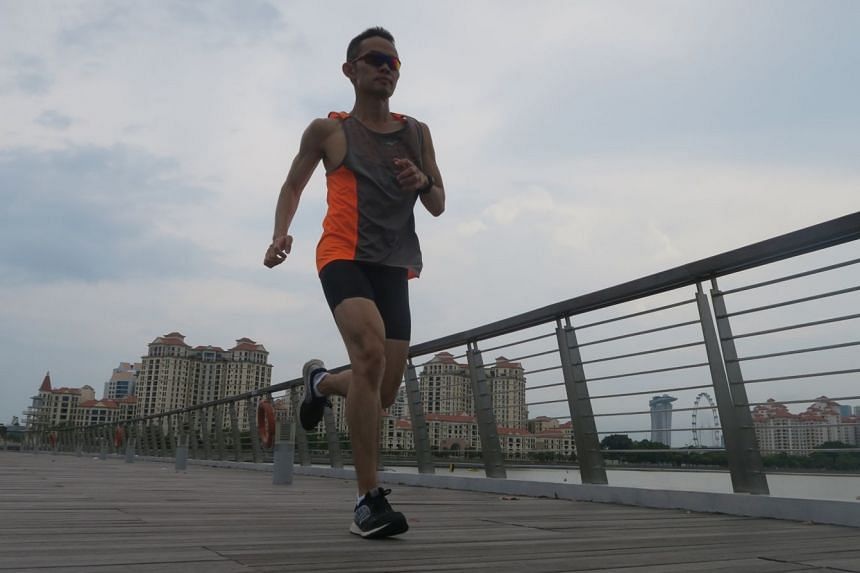 Dr Wang Mingchang advises that, depending on one's symptoms, one can continue light running even on sick days. It has been well-established that regular exercise can boost one's immunity.